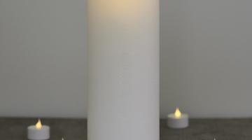 LED sviečka Exclusive 25cm x 10cm biela