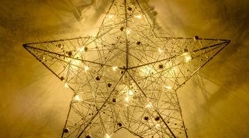 Závesná kovová dekorácia Hviezda s 20LED diódami