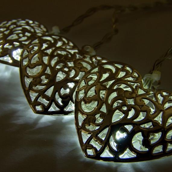 LED svetelná reťaz na batérie - kovové srdcia