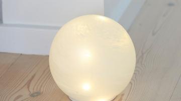 LED Guľa Odina 15cm