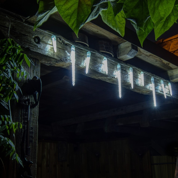LED svetelné cencúle 10ks - reťaz